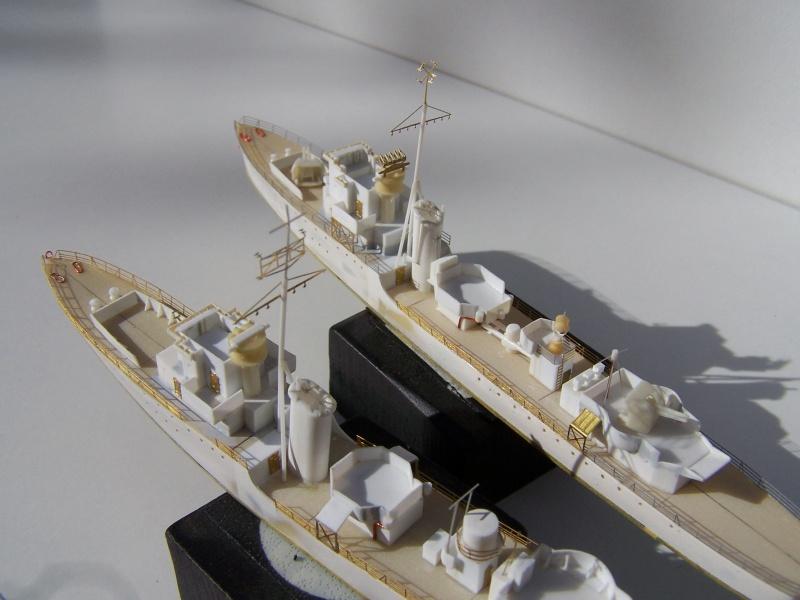 Destroyers classe Hunt type 2 et 3 - Page 2 455935Hutn2et3024