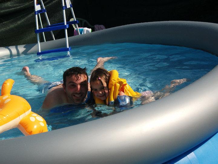 piscine à Johnny - Steli - cassandra 456452PISCINE10