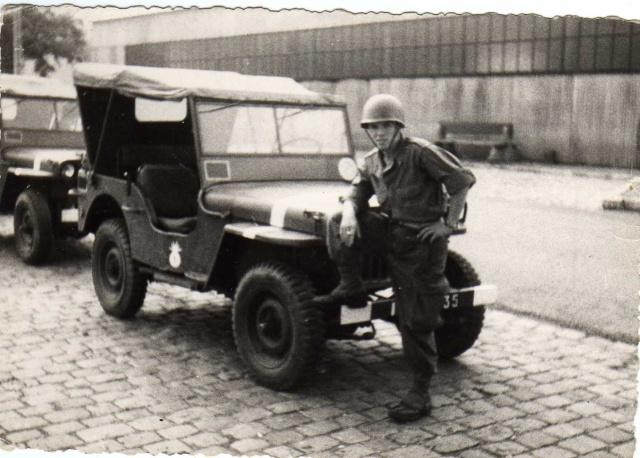 Jeep de mon service militaire 459152JeepSathonay