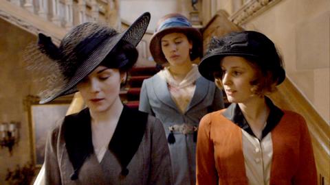 Downton Abbey - Page 4 45934585g