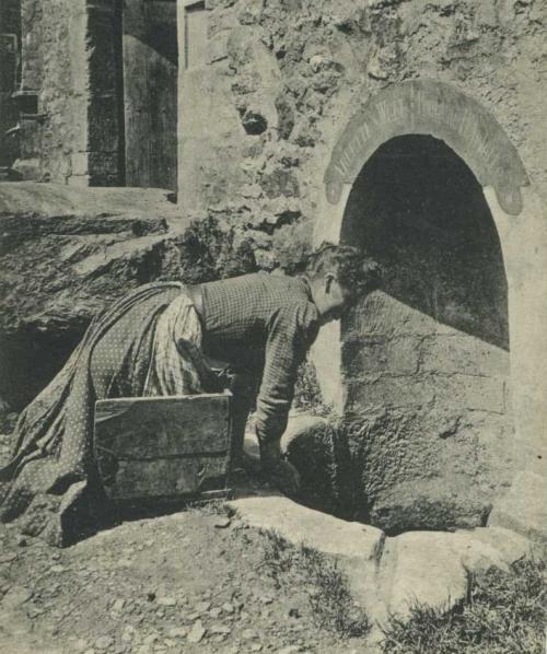 Énigme 121 - La fontaine d'Arlette à Falaise 46111060