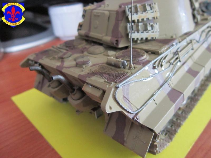 Sd.Kfz.182 King Tiger à tourelle Henschel de Dragon au 1/35e par pascal 94 462032IMG1271L