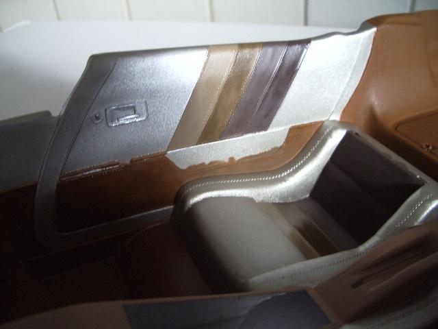 chevrolet corvette 1982 edition collector monogram au 1/8 464310photoscorvettepeintinetrieur014