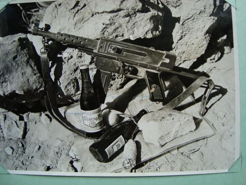 PISTOLET MITRAILLEUR DE 9 mm (MODELE 1949) - Page 2 465680DSC00720
