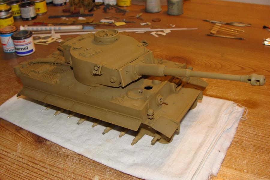 Tigre I - Tamiya ref 35156 - 1/35 - Page 3 468952DSC05127