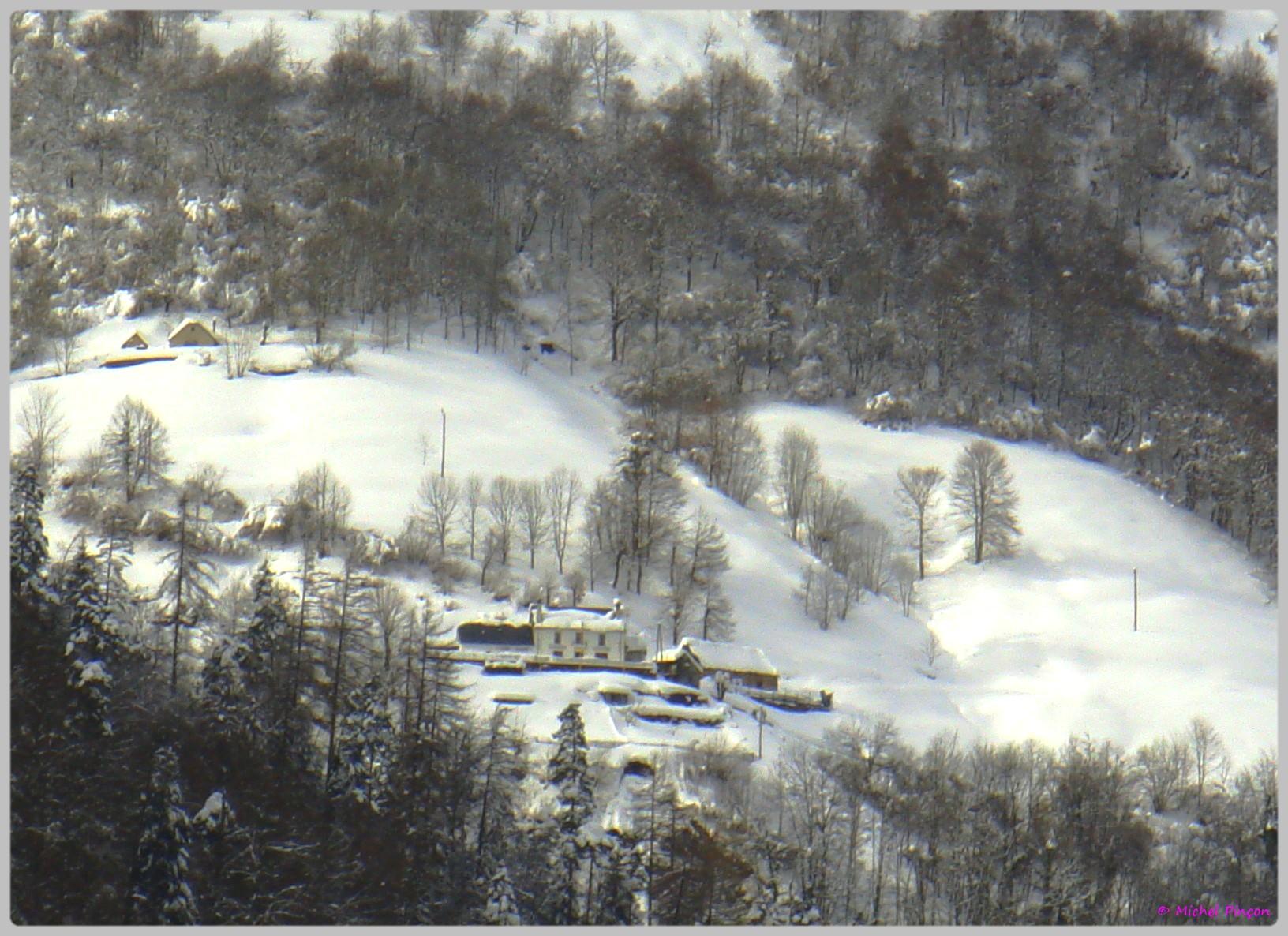 Une semaine à la Neige dans les Htes Pyrénées - Page 2 473701DSC012049