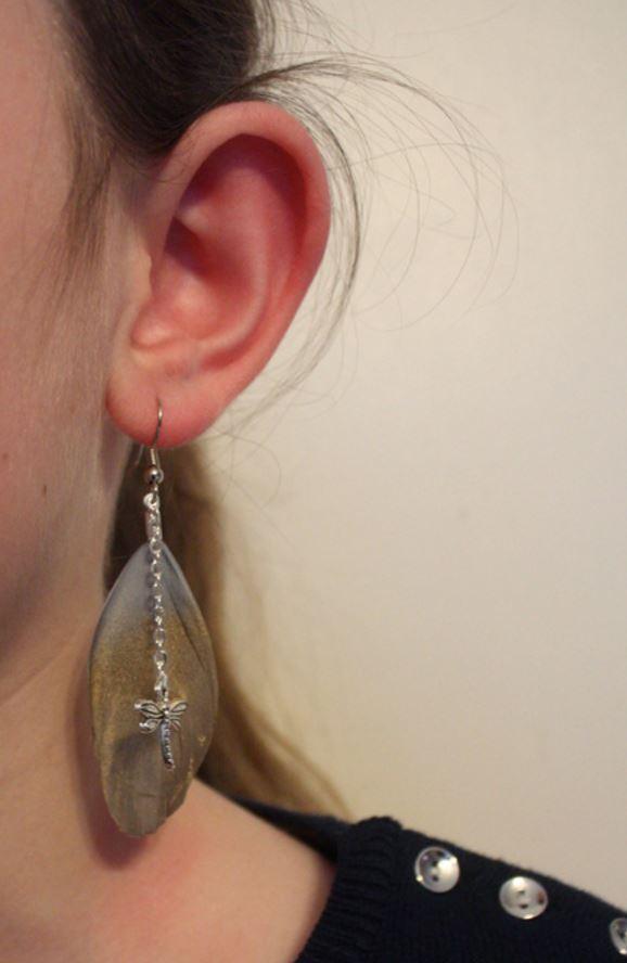 Prendre photos de boucles d'oreilles en plumes 474367Capture