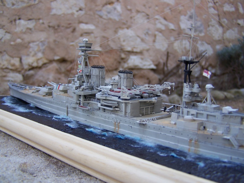 Hms Repulse conversion airfix 1/600 - Page 4 475145HmsRepulse056