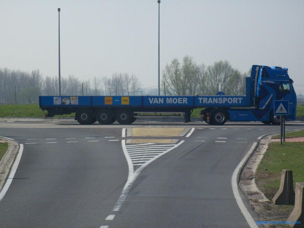 Van Moer Transport  (Zwijndrecht) - Page 2 475531photoscamions30mars201293Copier