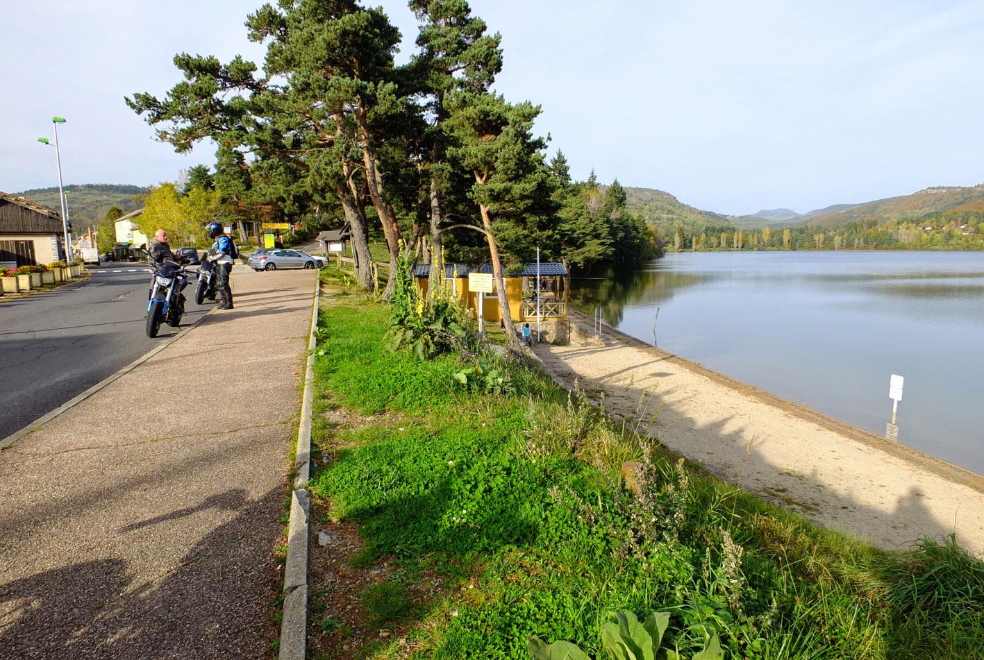 Le Gerbier de Jonc / le Mézenc / Le Lac d'Issarlès 478945YD1015