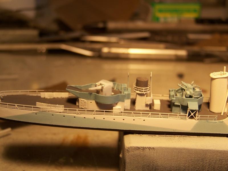 Destroyers classe Hunt type 2 et 3 - Page 4 480386Hutn2et3047