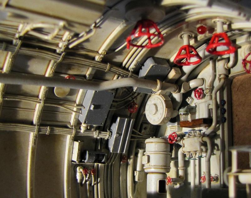 U-552 TRUMPETER Echelle 1/48 - Page 4 481393zzccc