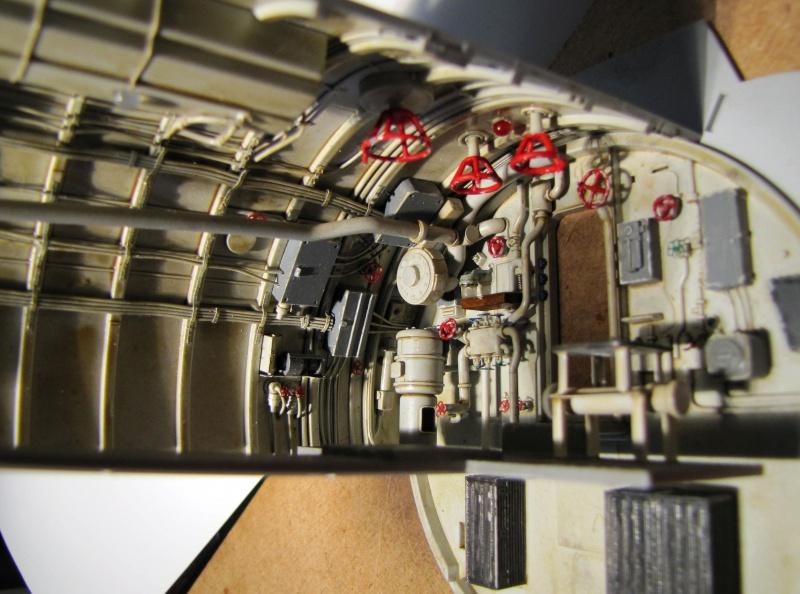 U-552 TRUMPETER Echelle 1/48 - Page 4 483904zzcc