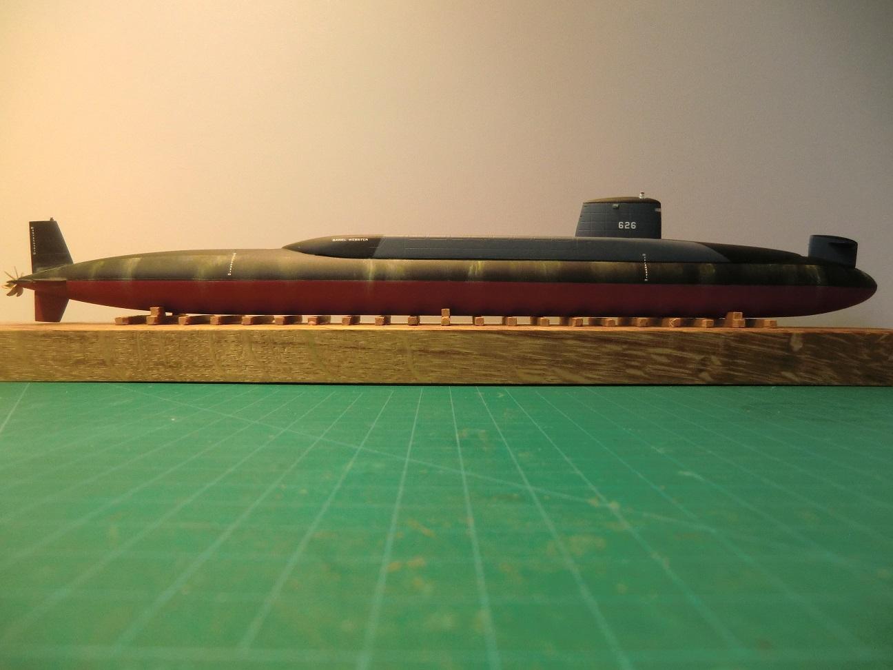 SSBN Classe Lafayette 1/350 485960CIMG8331