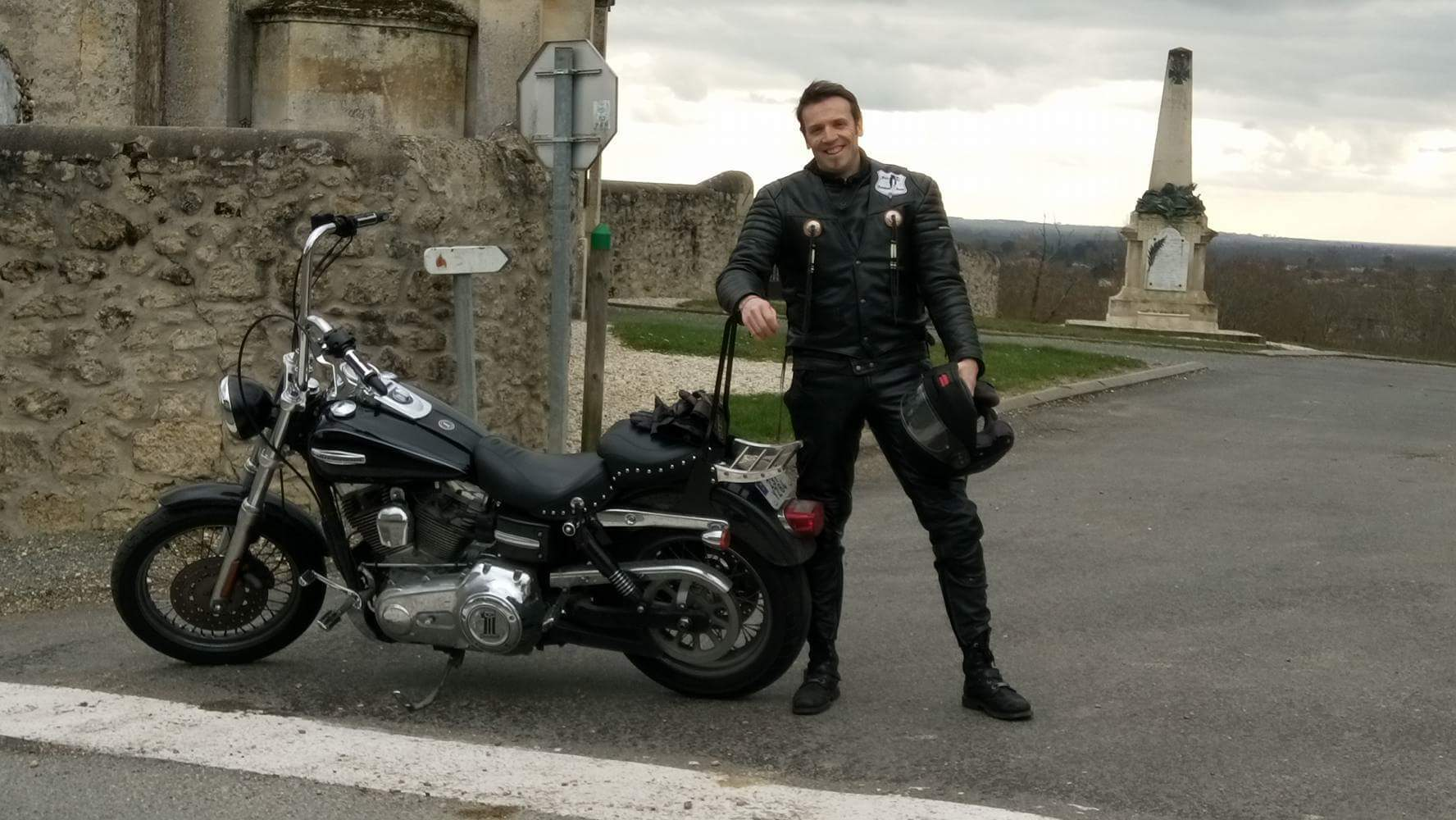 DYNA SUPER GLIDE  combien sommes nous sur Passion-Harley - Page 5 486449received1118850944803940