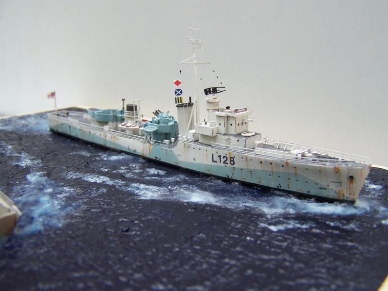 Destroyers classe Hunt type 2 et 3 - Page 5 486480Hutn2et3064