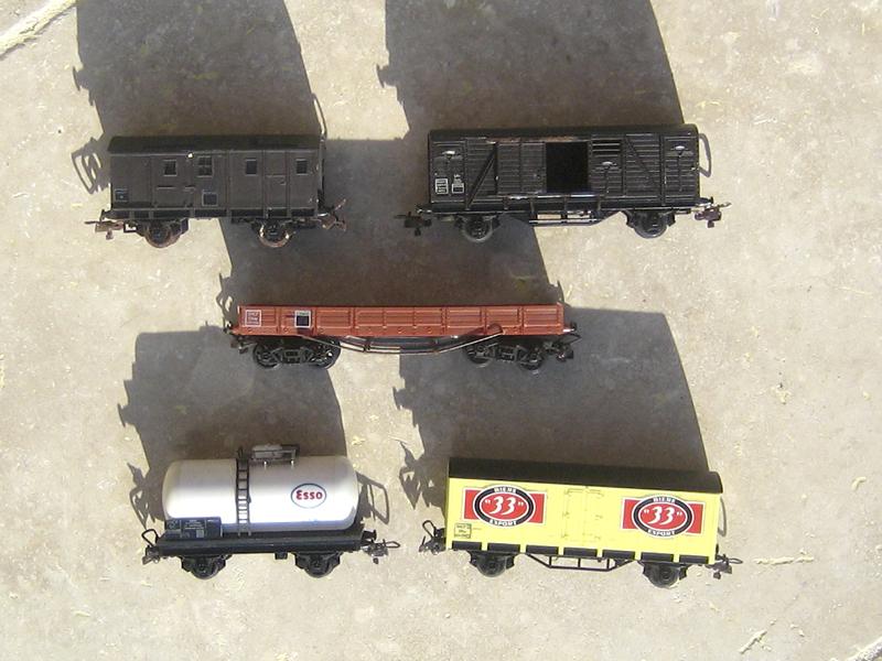 Vieux modèles ferroviaires Ho - Page 2 487250Ferrov201603245