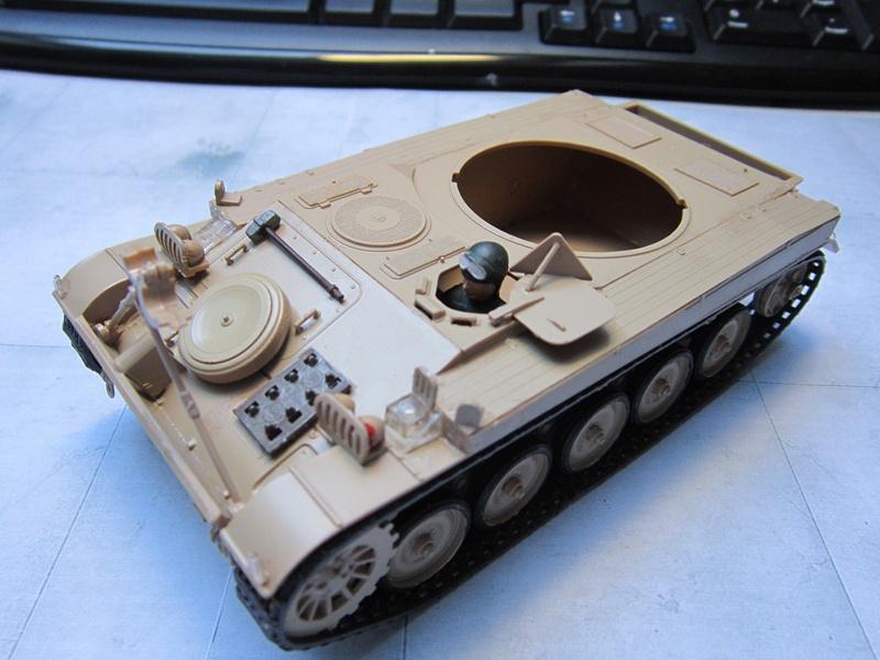 AMX 13 SS 11  Heller au 1/35 487599IMG0509800x600
