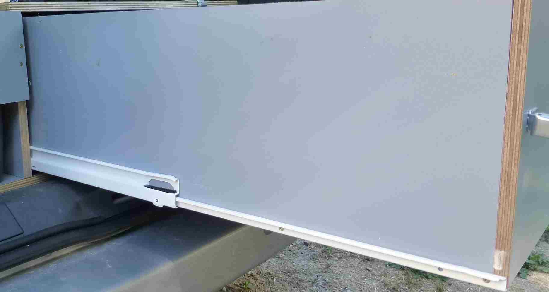 Un nouveau tiroir de coffre! 487976vue7