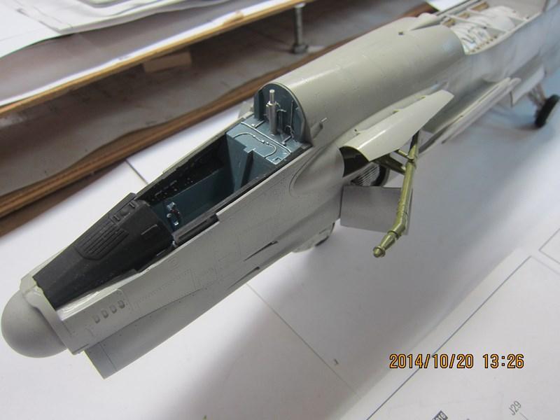 F-8 Crusader 1/32 488067IMG2165Copier