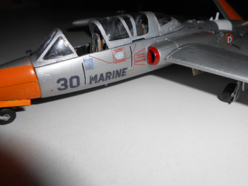 Fouga CM170 1/48 par Lionel45 - Page 6 488477Fougafini010