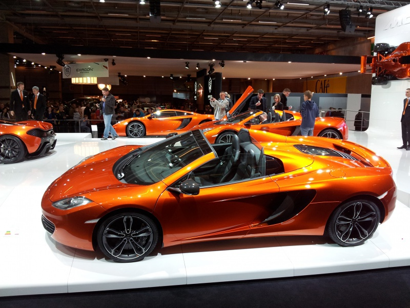 Salon de l'auto Paris 2012 49004820121007134257