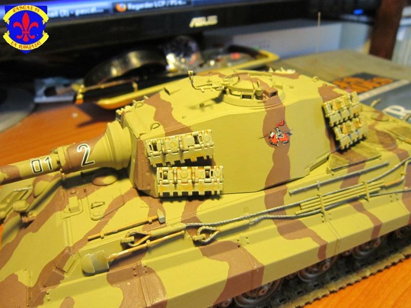 Sd.Kfz.182 King Tiger à tourelle Henschel de Dragon au 1/35e par pascal 94 493634IMG1283L