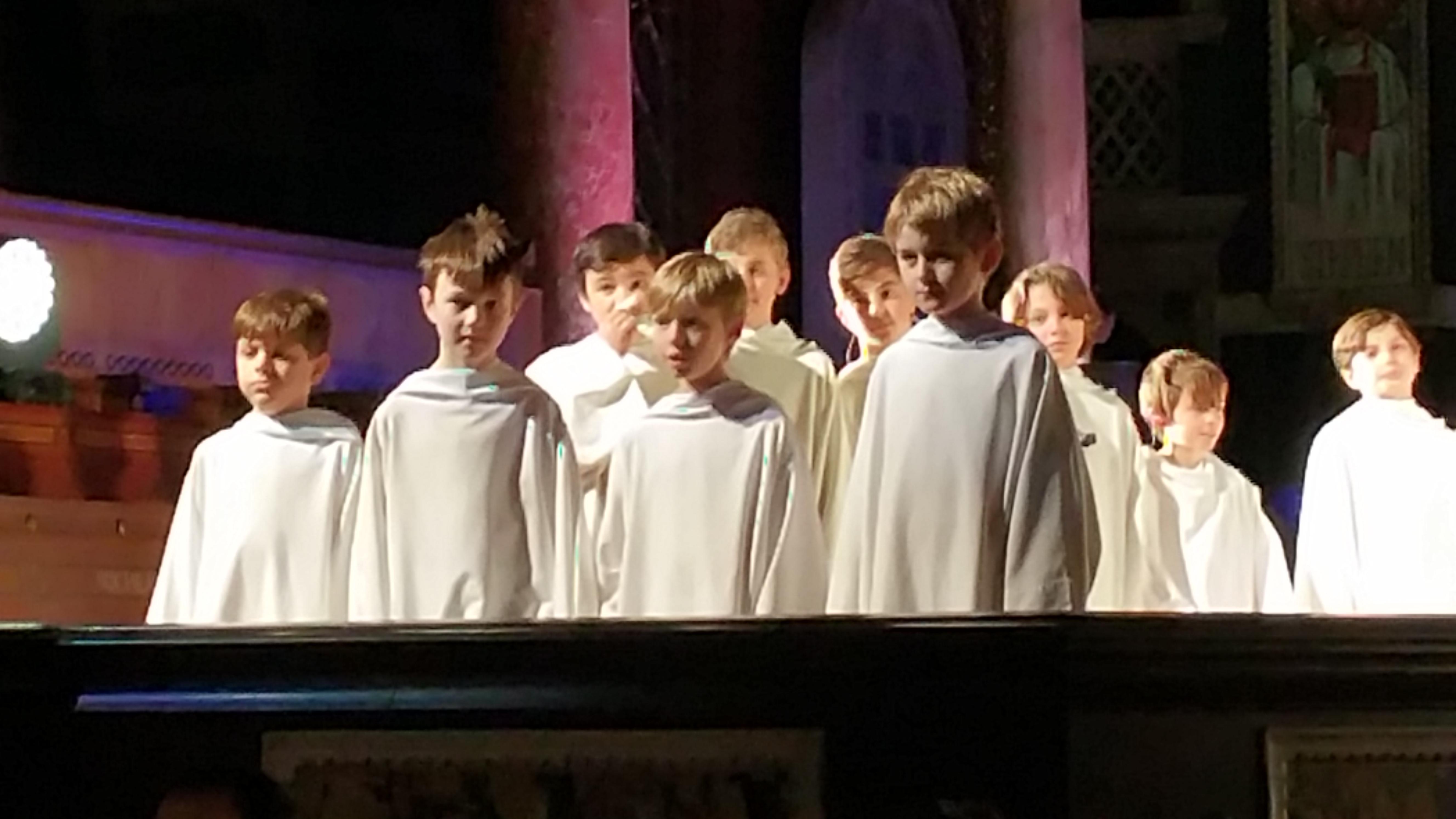 Concert à la cathédrale de Westminster (initialement St George's) le 1er décembre 2017 - Page 3 49560620171201220340