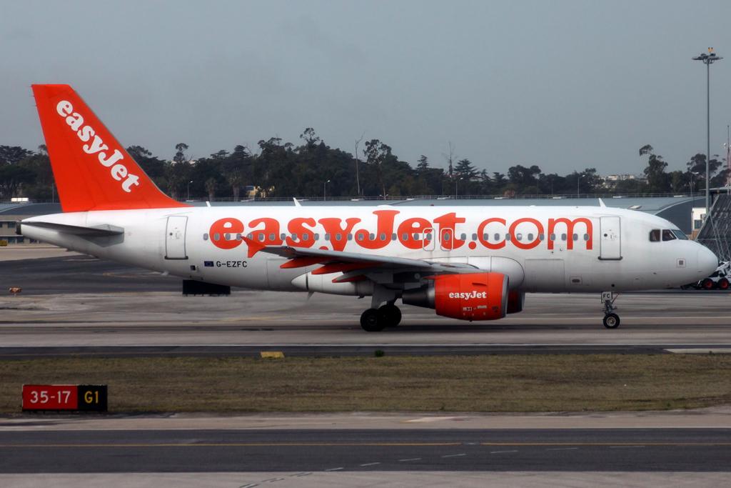 Lisbon Portela by DHL1992 497146IMG1716Copie