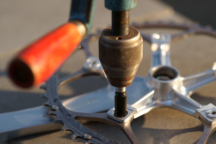 Le pédalier et son boitier : améliorer la transmission en mono-plateau [fiches techniques des montages réalisés] 502312DSC18172750p
