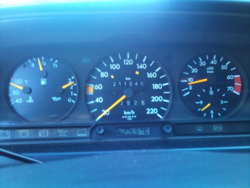 Mercedes 190 1.8 BVA, mon nouveau dailly - Page 9 503600DSC2526