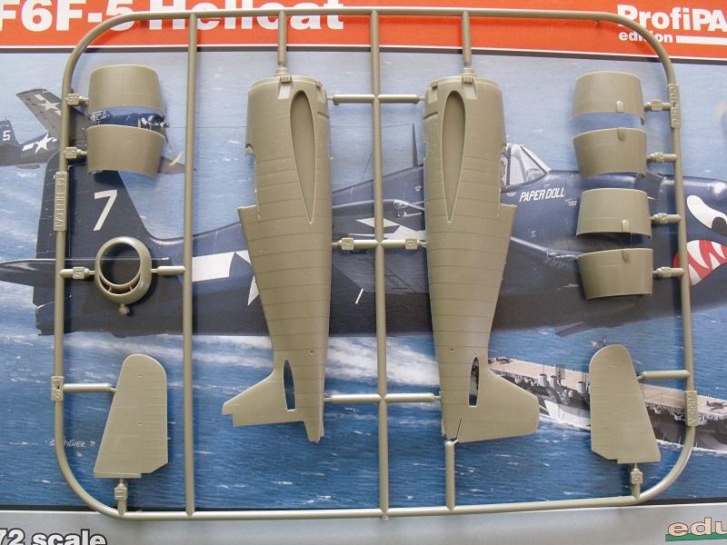Grumman F6F-5 Hellcat - Eduard - 1/72 510336GrummanF6FHellcat003