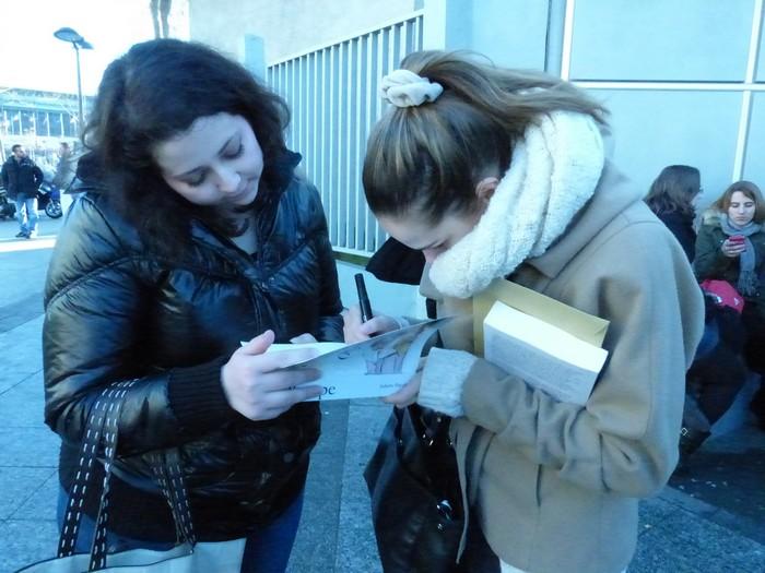 Vos Photos avec Camille Lou - Page 11 514291P1040663