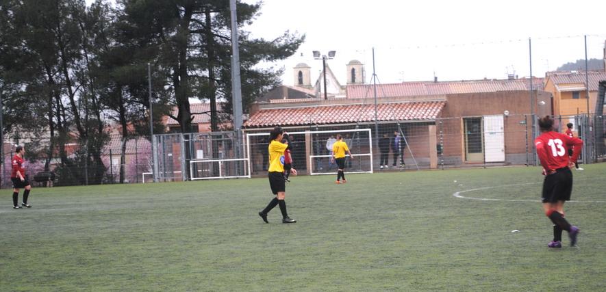 """LA SAINTE VICTOIRE DONNERA AU FC ROUSSET FOOT UN AVENIR """"SACREMENT """" GLORIEUX ! - Page 10 515353DSC0249"""