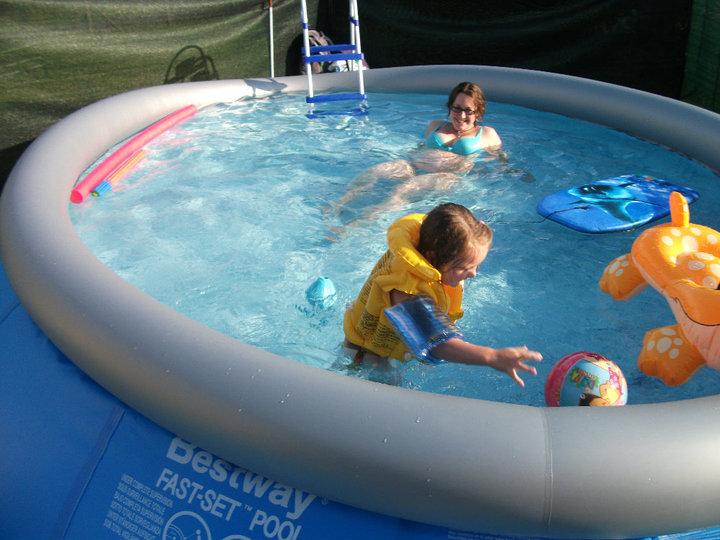 piscine à Johnny - Steli - cassandra 515660PISCINE6