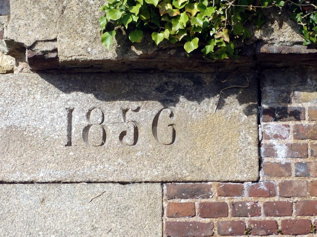 Fil ouvert-  Dates sur façades. Année 1602 par Fanch 56, dépassée par 1399 - 1400 de Jocelyn - Page 3 516636017Copier