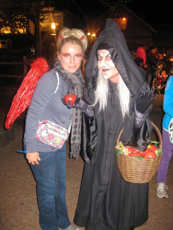 [TR] Halloween 2011 : du jeudi 6 au samedi 8 octobre : 3J/2N au CC en vue Parc (début du TR en page 9) - Page 10 516903IMG3893