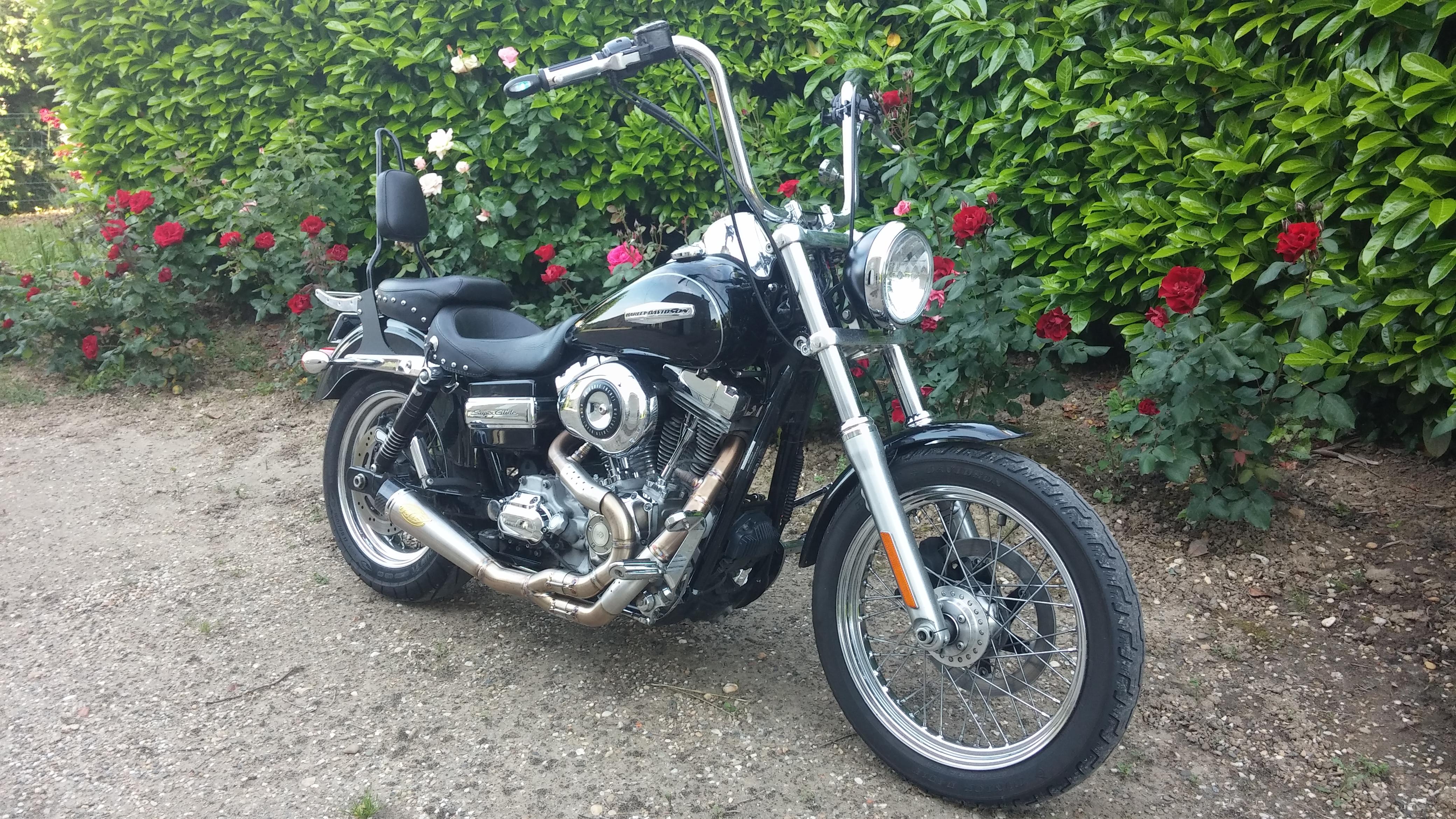 DYNA SUPER GLIDE  combien sommes nous sur Passion-Harley - Page 5 51865220160527185544