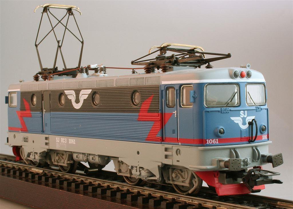 Machines RC des chemins de fer suédois 518656MRKLINSJELLOKBRRc31061KAT33412