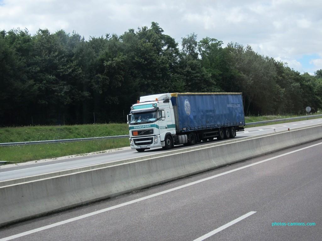 Boekestijn Transport (Mill) - Page 2 519441photoscamions13juillet2012143Copier