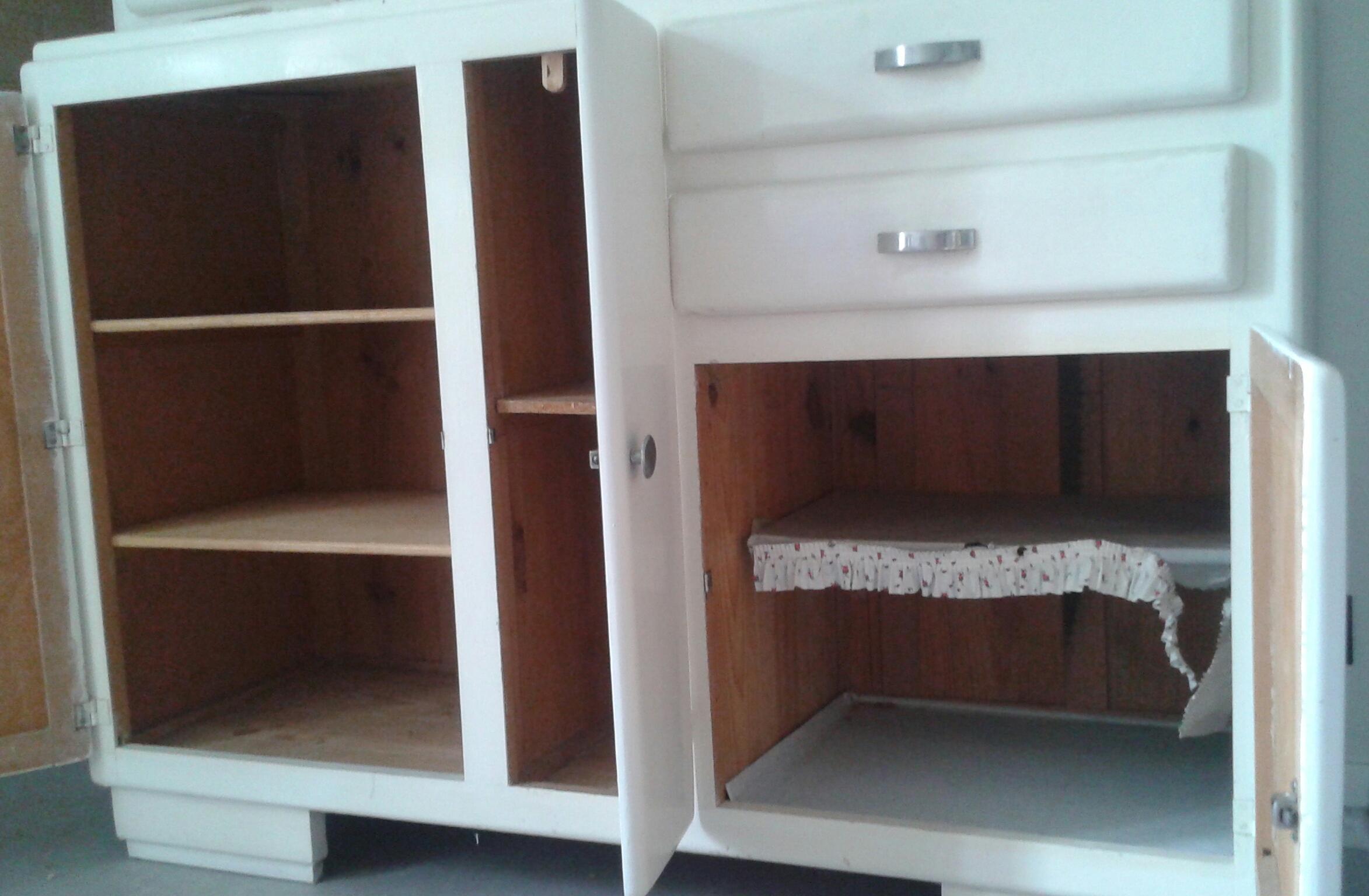 Je restaure un meuble. 521096201506141310241