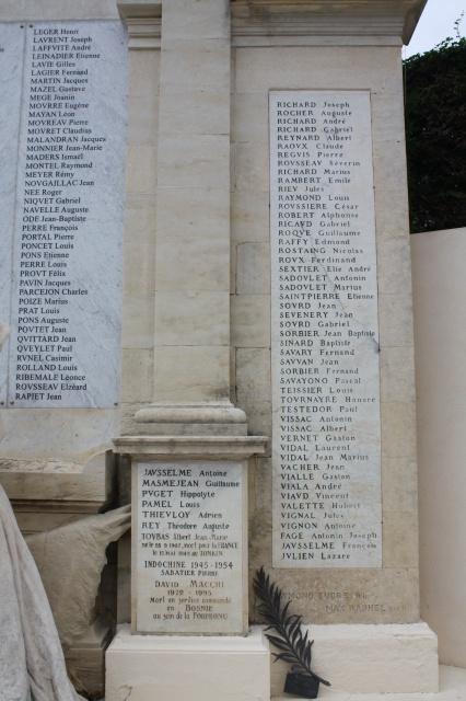 Monument de Beaucaire 522323IMG0200
