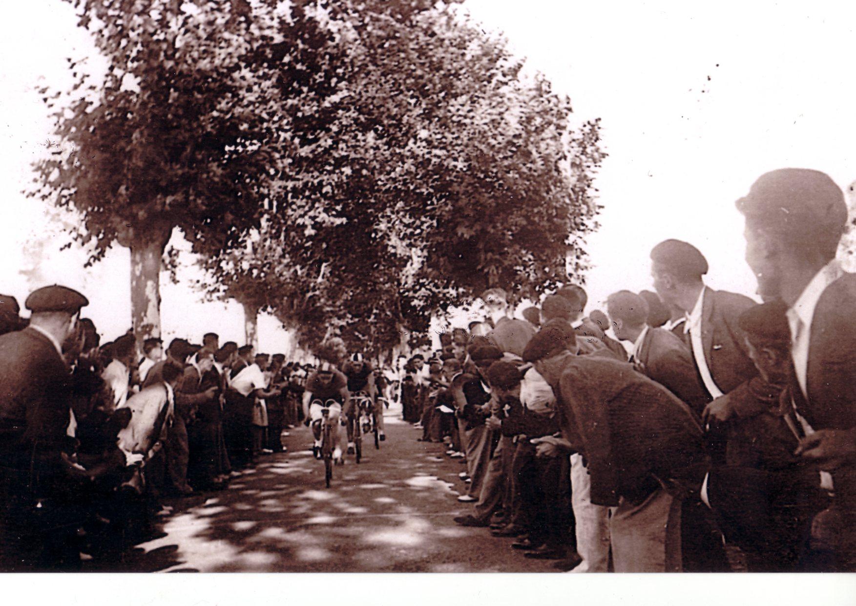 Vélo de course TENDIL 1939 524151victoiresaubigues1944