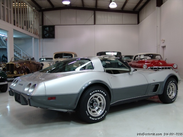 chevrolet corvette 25 th anniversary de 1978 au 1/16 - Page 2 524238corvette197825thanniversary4