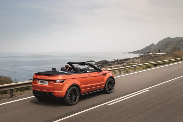 Range Rover Cabriolet, Un SUV Pour Toutes Les Saisons 525609RREVQConvertibleDriving09111509
