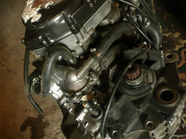 moteur 525845P1090704