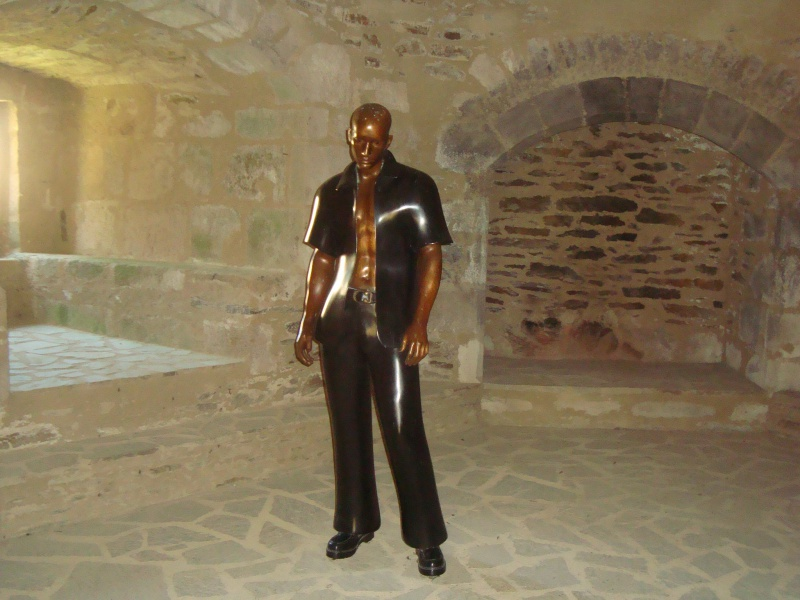 Sculpteur en son Château 526872DSC05097