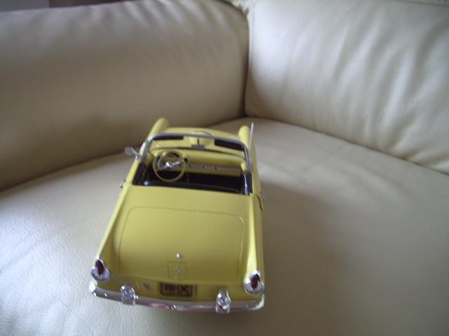 ford thunderbird 1955 au 1/16 de chez amt  5325416627
