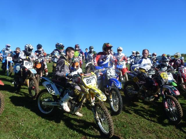 48 heurs Off road à Dommartin : la moto est dans le pré ! 533577P1420234