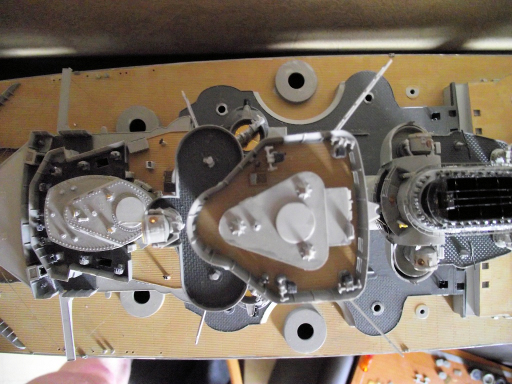 Bismarck 1/200 Trumpeter - Page 4 535998Bismarck1x20074